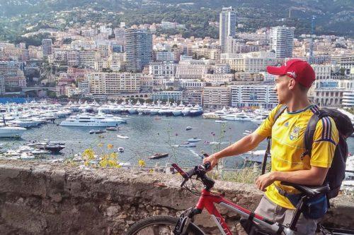 Денис Верхулевский объехал на велосипеде вокруг Альп