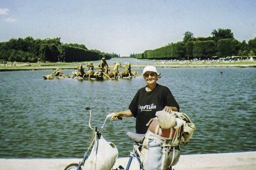 Пенсионер объехала на велосипеде всю Европу